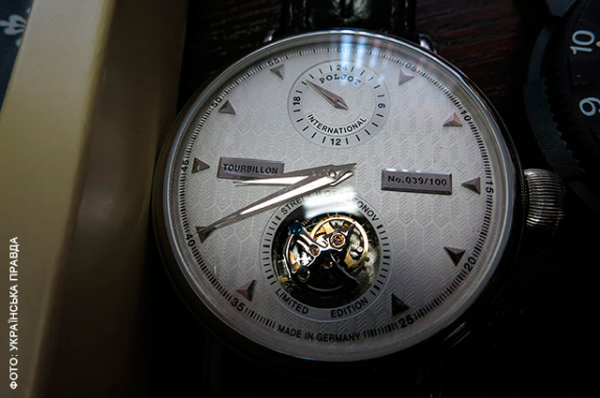 Одна из самых «дешевых» моделей в коллекции часов – Poljot International, модель Strela II. Стоимость – 3,2 тысячи долларов