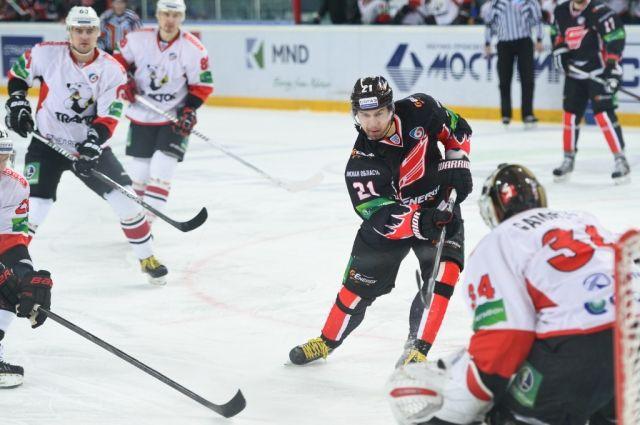 «Авангард» ведёт в полуфинальной серии Кубка Надежды.