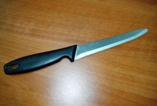 Кухонный нож, зачастую, становится орудием убийства.