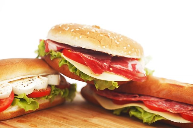 «Макдональдс» выкупил в Омске участки под рестораны.