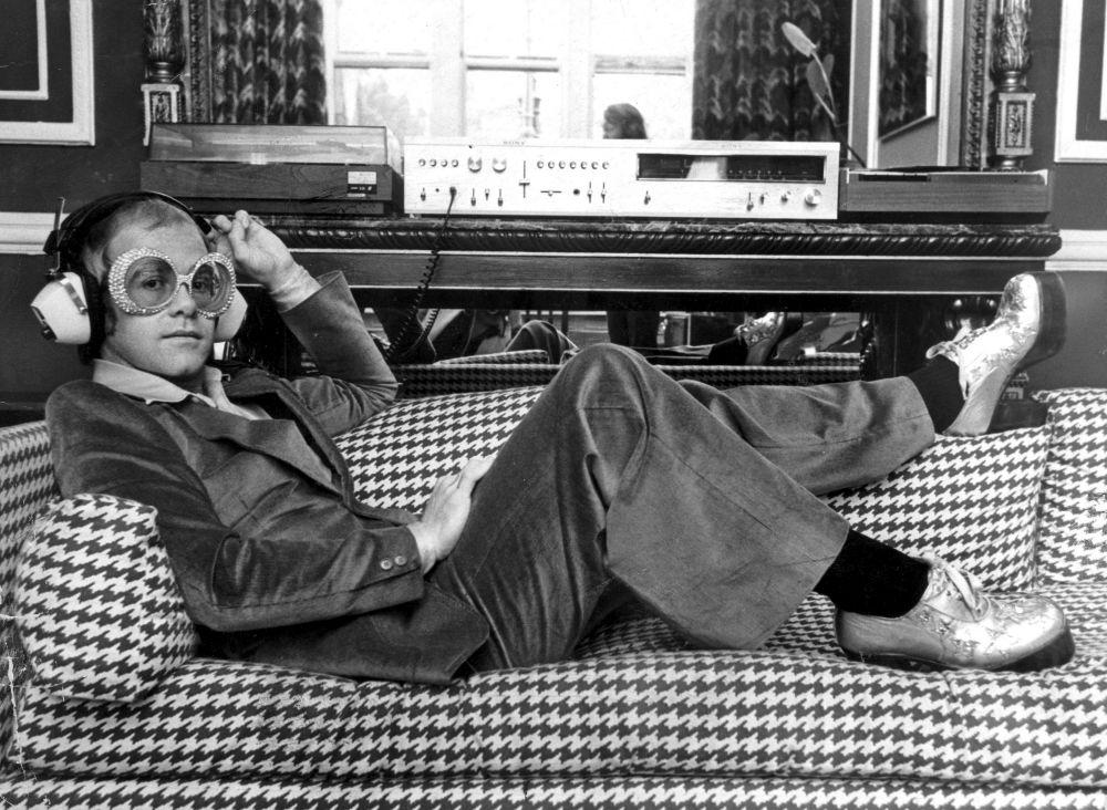 Элтон Джон в 1974 году.