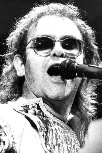 Концерт Элтона Джона в Манчестере, 1987 год.