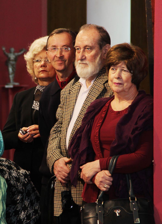 На открытие пришли многие деятели культуры и люди искусства
