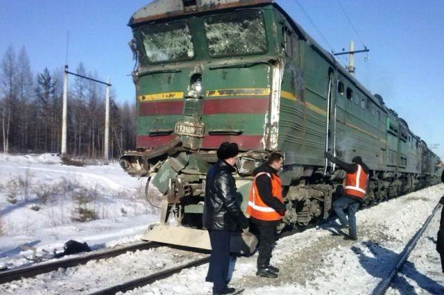 Повреждённый локомотив