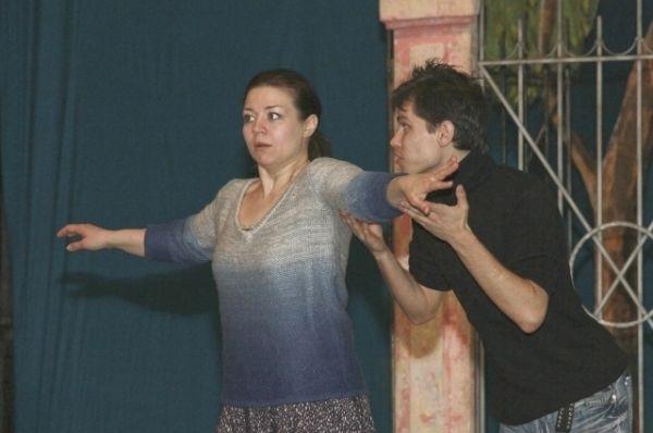 На репетиции эмоции, как и на премьере, зашкаливают