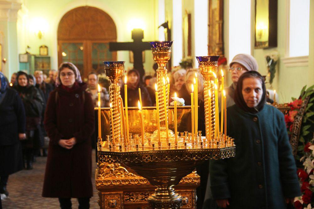 03.Трое суток не прекращался поток православных симбирян