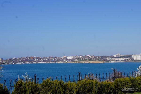 Севастополь. Вид на город с набережной.