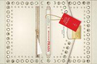 Фрагмент обложки к роману Лорен Вайсбергер «Месть носит Prada».