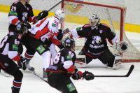 «Авангард» одержал победу в матче с «Трактором».