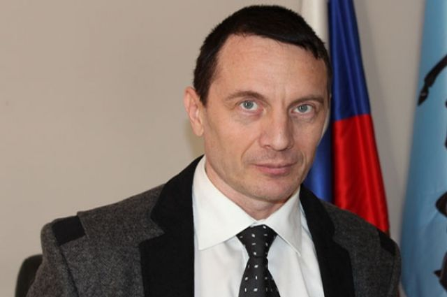 Депутаты отправили в отставку главу Каслей Сергея Фадеева