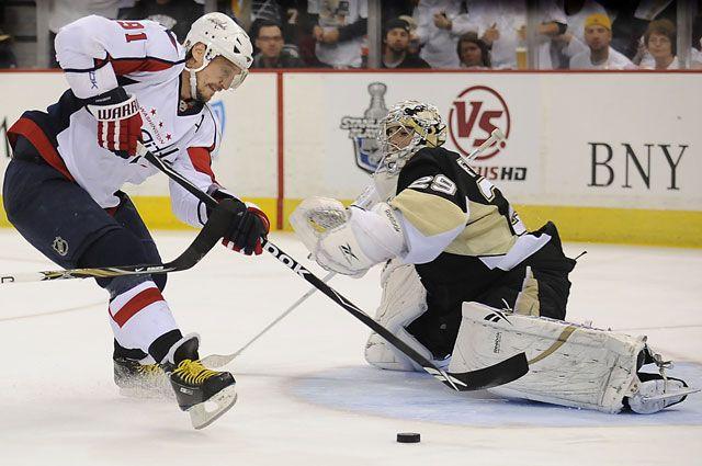 Сергей Фёдоров в матче НХЛ «Вашингтон Кэпиталз» – «Пингвинз Питтсбург». 2009 год.