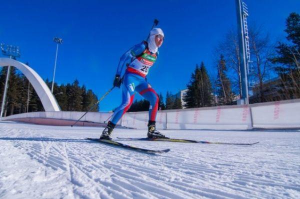 Второй пришла югорчанка Евгения Селедцова, третий результат у представительницы Красноярского края Ольги Якушовой.