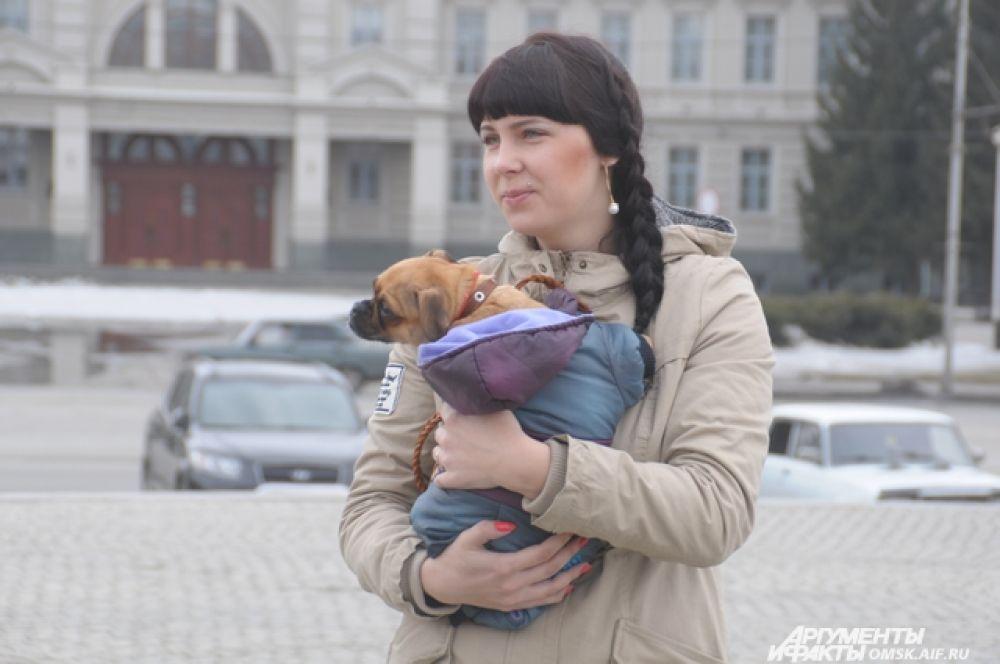 Омичи выступили в поддержку бездомных животных.