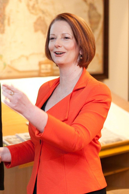 Джулия Гиллард в июне 2013 года покинула пост премьер-министра Австралии, но продолжает играть важную роль в политике страны. Вместе с этим именно она создала курс, которому партия лейбористов следует и сейчас. Среди её достижений – закрепление как минимум 35% партийных списков за женщинами, выделение 300 миллионов долларов для работы с социально проблемным населением, а также работа по юридическому закреплению прав аборигенов на культурную автономию.