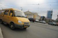 Водителя омской маршрутки сняли с рейса.