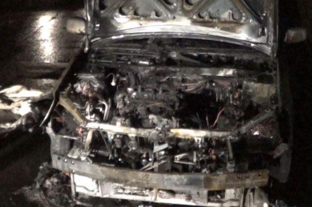 Во время пожара в иномарке никто не пострадал.