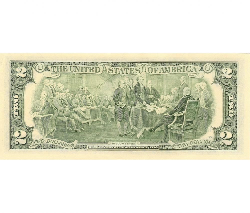 Каждый день в США печатается 35 миллионов банкнот различного номинала общей суммой в 635 миллионов долларов. Многие из новых купюр идут на замену износившимся.