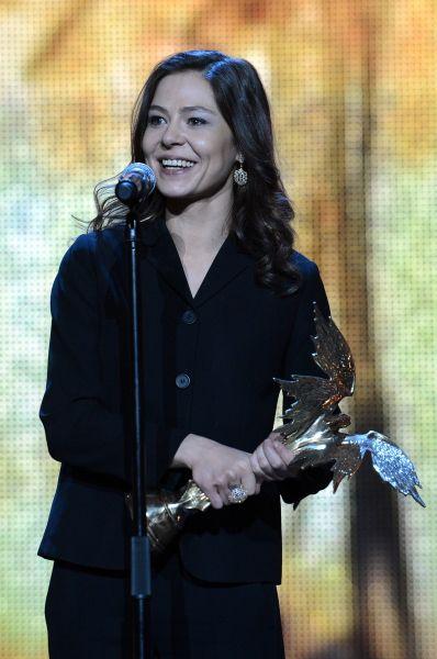 Награда за лучшую женскую роль досталась партнёрше Хабенского по фильму «Географ глобус пропил» Елене Лядовой.