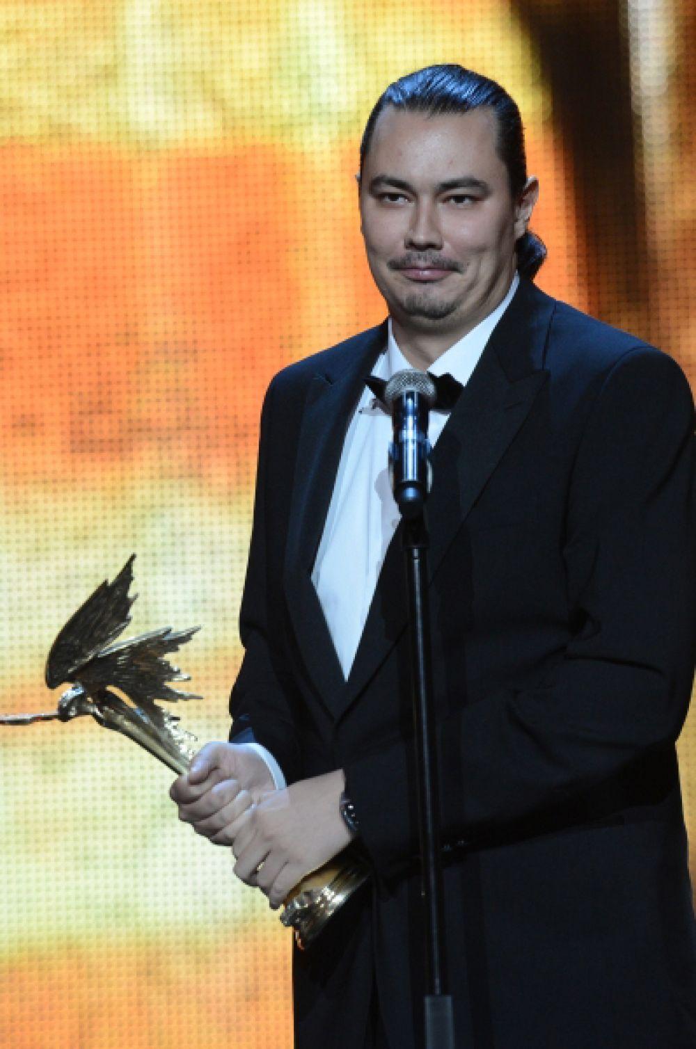 В номинации «Открытие года» победу одержал режиссёр Жора Крыжовников. Награду он получил за комедию «Горько!».