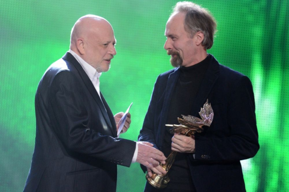 Награду за лучший сценарий получили Павел Финн (слева) и Константин Лопушанский (справа) за фильм «Роль».