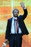Приз за лучшую мужскую роль второго плана получил Юрий Быков, режиссёр, сценарист и исполнитель одной из ролей в фильме «Майор».