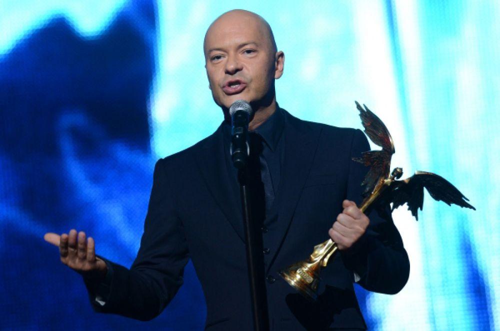 В номинации «Лучшая режиссёрская работа» победу одержал Фёдор Бондарчук с фильмом «Сталинград».