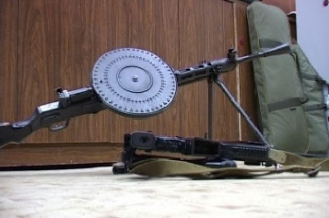 Южноуральцы, добровольно сдавшие оружие, могут получить до 10 тысяч рублей