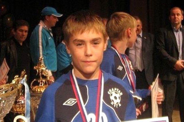 Андрей Самашонок спас маленького мальчика, провалившегося под лёд на реке Луге.