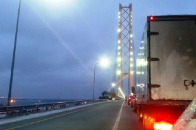 строительство моста через обь: