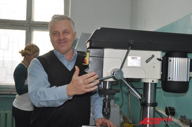 На станках омского «Элеткроточприбор» делают приборы для всей страны.