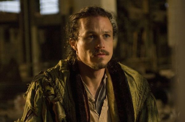 Параллельно Леджер вновь начал сниматься у Терри Гилльяма – в фэнтезийном фильме «Воображариум доктора Парнаса».