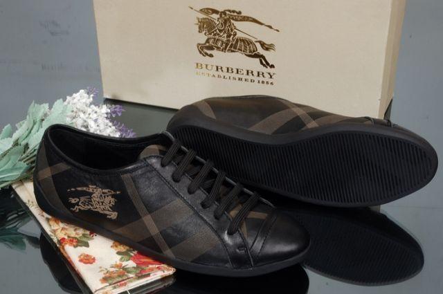 Обувь «BURBERRY».