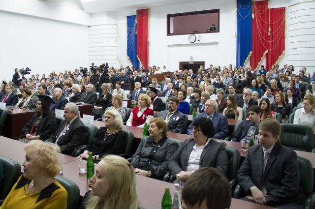 2 апреля прошел губернаторский приём, на котором вручали премии учёным Кузбасса