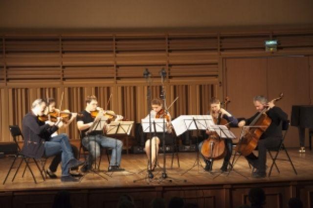 Известные музыканты провели со студентами открытую репетицию в Новосибирске