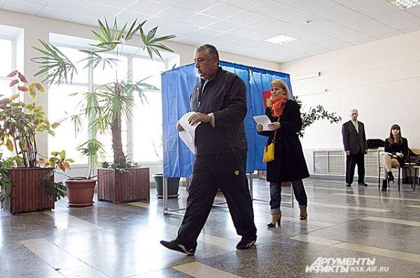 Принять участие в выборах градоначальника по официальным данным могут более 1 млн человек.