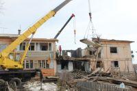 Взрыв в поселке Конезавод прогремел 6 апреля в 06.35, когда жители дома спали.