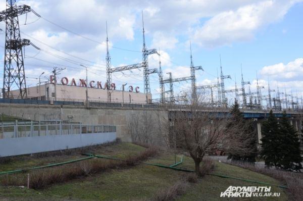 После того, как 9 сентября 1961 года Волжская ГЭС была принята государственной комиссией в эксплуатацию, страна перестала испытывать дефицит электроэнергии.