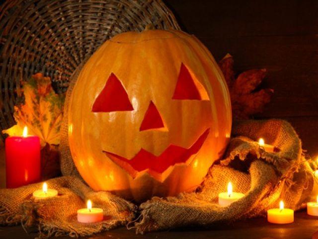 Как сделать светильник Джека на праздник Хэллоуин