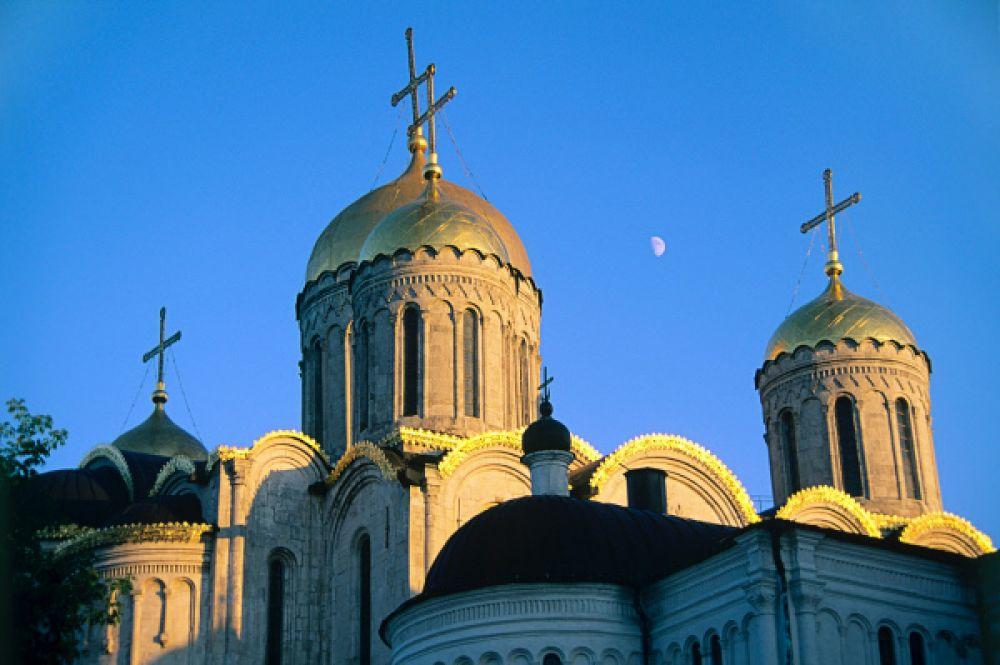 Храм находится в совместном ведении РПЦ и Владимиро-Суздальского музея-заповедника. Успенский является главным кафедральным собором Владимирской епархии.
