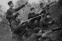 Повстанцы из Острожского отдела в Суражских лесах. Декабрь 1943 г.