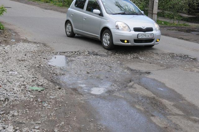 Омские дороги обещают отремонтировать к юбилею.