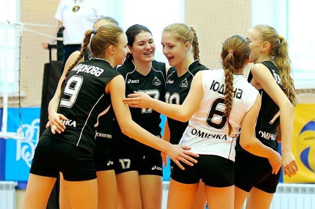 Омские волейболистки сыграют в товарищеском турнире.