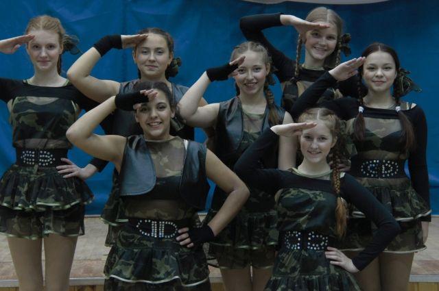 Ребята из петербургской школы № 323 пригласили  к себе съёмочную группу конкурса.