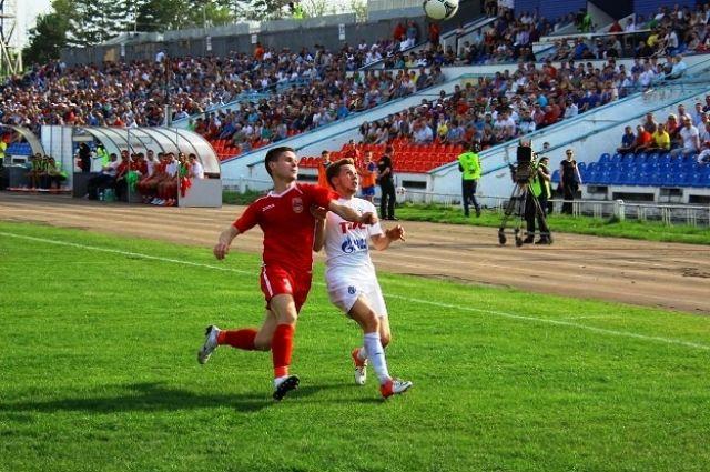 Момент одного из матчей команд «СКА-Энергия» и «Уфа»