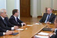 Владимир Путин на совещании с руководством Кабинета министров РФ, 9 апреля 2014 г.