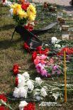 Цветы у католического костела в центре Смоленска.