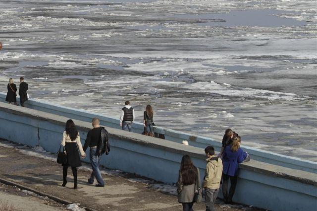 Ледоход на Иртыше омичи смогут наблюдать 2-3 дня.