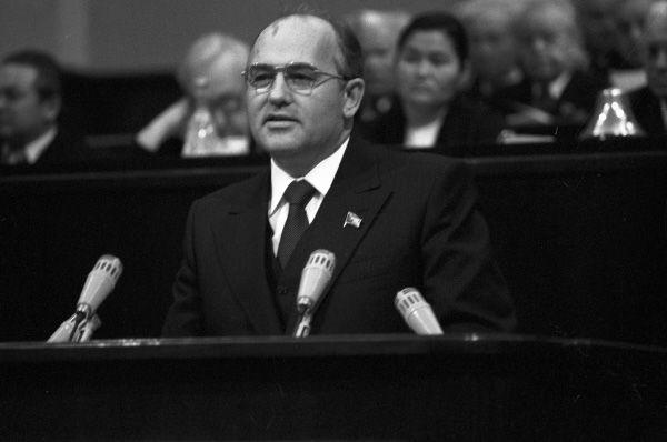 После смерти Фёдора Кулакова Горбачёв стал главным претендентом на должность секретаря ЦК КПСС и в ноябре 1978 года был избран на этот пост.