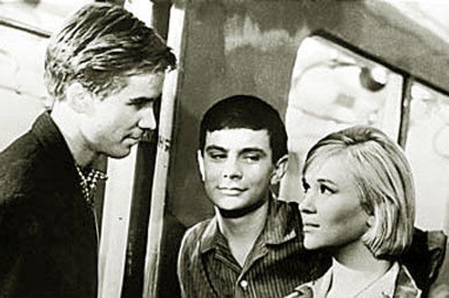 Алексей Локтев, Никита Михалков и Галина Польских. «Я шагаю по Москве». 1963 год.