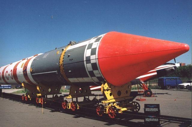 Ракета-носитель «Космос-3М».